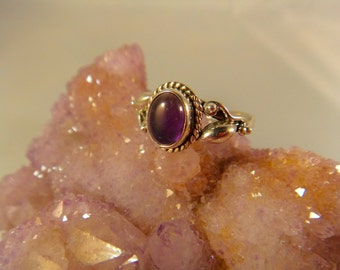 AMETHYST RING SIZE 9 Sterling Silver