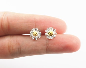 Simple Daisy Stud, Flower Earrings, 925 Sterling Silver, Dainty Jewelry, Everyday Jewelry, Birthday Gift - SB65