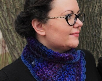Broomstick-Lace Button-Collar/Scarf  - Denim-Violet