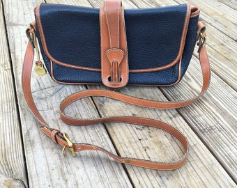 Vintage Black and Tan Pebbled Leather Dooney and Bourke Crossbody, Messenger Purse