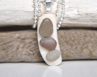 Beach pebble pendant Seashell necklace Pebble necklace Beach stone pendant necklace Beach rock jewelry Pebble jewelry French necklace