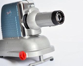 Viewlex V-33 Slide Projector