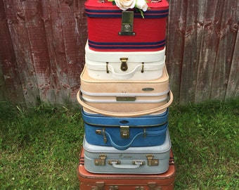 Vanity Cases - Small Vintage Suitcases - Vintage Luggage / Retro Vanity Cases / 1950s -1960s Mod Cases / Travel Carry Cases / Photo Props