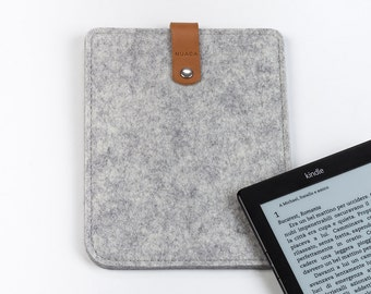 Kindle Paperwhite Case - Felt and Leather Kindle Case - Kindle Paperwhite Sleeve - Ebook Reader Case - Grey Felt Sleeve Kindle Cover
