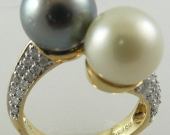 Tahitian Black 10.4mm & South Sea White 10.1mm Pearl Ring 14k Gold w Dia 0.56ct