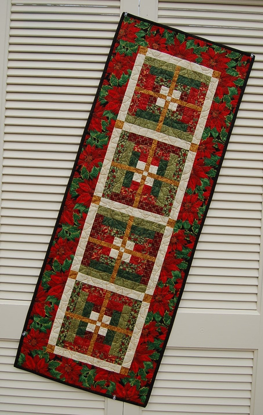 Table Runner Christmas D 233 Cor A Quilted Table Runner
