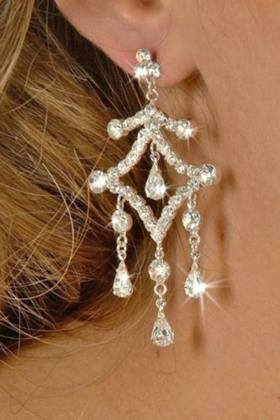Vintage 1980s silvertone square rhinestone drop earrings