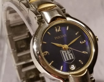 Ladies Pulsar Vintage Watch with Minnesota Logo, Stainless Steel Case and Bracelet, Presentation Box, Present or Birthday Gift, Blue Dial