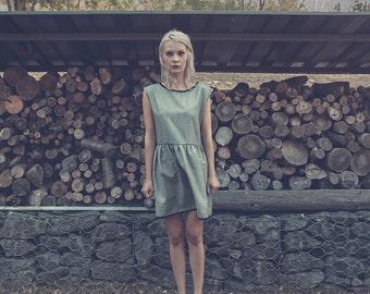 Winter smocked dress short sleeve