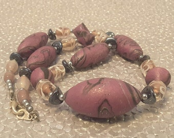 Short Necklace in Soft Purple with Gray