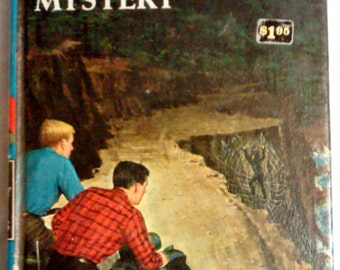 Vintage Hardy Boys #6 The Shore Road Mystery by Franklin Dixon