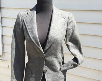 Classic Wool 80s Blazer in Size 6