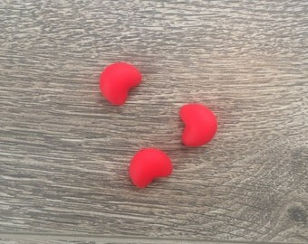 3 hearts Red