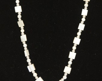 Pearl & White Bead Necklace