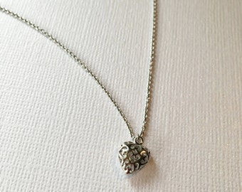 Silver Plated Heart Necklace, Silver Heart Necklace, Minimalist Jewelry, Dainty Silver Necklace, Tiny Silver Heart, Bridesmaid Gift