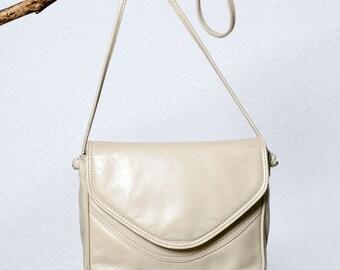Vintage Beige Clutch Leather Bag