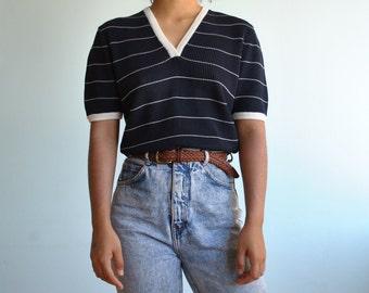 Vintage sz M/L knitted v neck