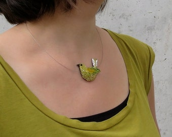 Embroidered necklace yellow gold - embroidery Haute Couture - bird jewellery Textile - Lunéville