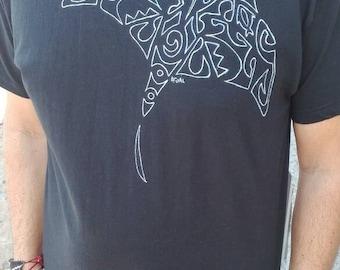 Manta ray tribal tshirt, scuba diver tshirt, sea shirt, hand painted shirt, cotton t-shirt, sailor tshirt, nautical tshirt, animal shirt