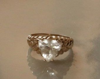 10K Trillion Cut White Aquamarine Ring  Size 7-Vintage Estate