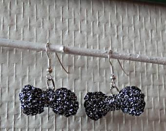 Earrings dangling bowtie - hook-cotton-wool Black Silver - holidays