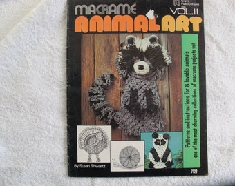 Macrame Animal Art Volume 2 / Macrame rabbit sheep raccoon instructions / Susan Schwartz