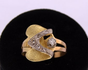 Diamonds Gold Platinum Chevalier Ring Ring Chevalier 18 k Gold Platinum and brilliant-cut diamond