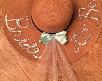 Bride to Be straw floppy hat!