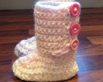 """Baby crochet """"Eskimo-Ugg"""" booties"""