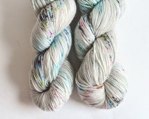 SOCK HOP [twist, 4 ply] hand dyed yarn - speckled yarn - fingering weight sock yarn - merino wool
