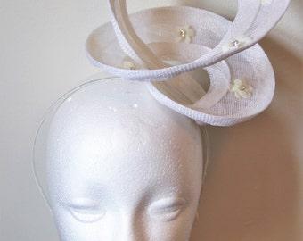 Ivory wedding fascinator with flowers, spiral fascinator, spiral headpiece, floral fascinator, ivory hairband, derby fascinator