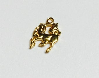Tiny Brass Unicorn Charms - 10 Pieces - #457
