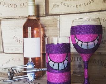 Cheshire Cat inspired wine glass and/or Hiball glass, cheshire cat glass, glittered glasses, glitter wine glass, alice in wonderland,