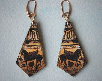 Earrings greek vase - detail of a ancient greek vase