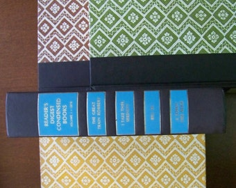 Vintage Sets of 4 Readers Digest Condensed hard-cover books (105 sets in stock)