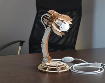 Planky Desk Lamp