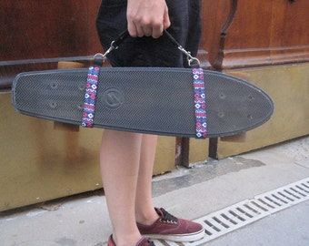 Skateboard and cruiser made hand carrying handle / / geometric pattern blue and purple