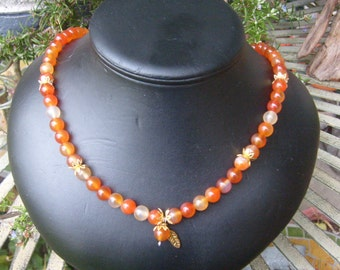 necklace, agate, amber colored, 20 in. with charm