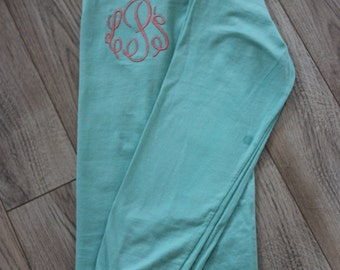 Comfort Colors Long Sleeve/Short Sleeve Monogrammed Shirt-No Pocket/Personalized Shirt/Comfort Colors