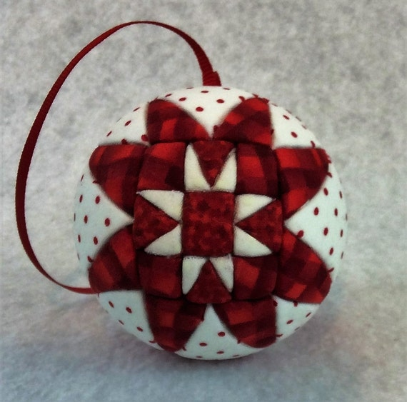 138 Two Stars - Red and White Christmas ornament from a quilt pattern