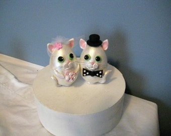 Whimsical cats Wedding Cake Topper, anniversary, shower, clay, handmade, white pearl, tophat, bowtie, free standing
