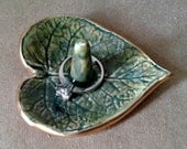 Ceramic Small Leaf  Ring Holder Bowl Moss green edged in gold