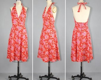 1970s / vintage dress / sundress / WEEKEND GETAWAY floral dress