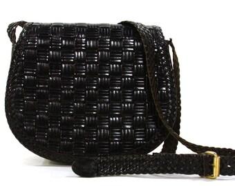 Woven Leather Purse / Vintage 1980s Black Leather Bag with Long Shoulder Strap