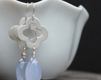 Quatrefoil Earrings in Sterling Silver with Lilac Gemstone, Earrings with quatrefoils