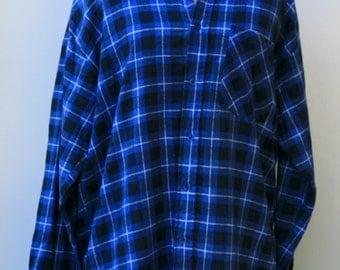 Vintage Men soft Flannel Shirt, Comfy man woman shirt, blue gray plaid grunge hipster, 90s M Medium small button down shirt, Hipster BoHo