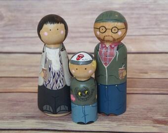 Custom Peg Doll Family of Three // personalized peg dolls // custom family portrait // hand paint wooden figurine