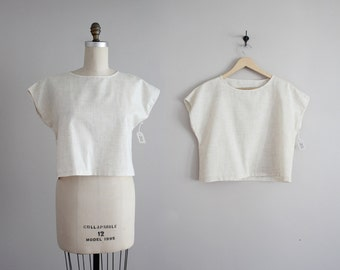 boxy crop top / cropped blouse / minimalist crop top