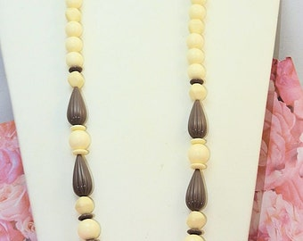 Vintage Ladies Necklace, Ivory and Taupe Plastic Beaded Necklace, 29 inch Long Winter White Jewelry