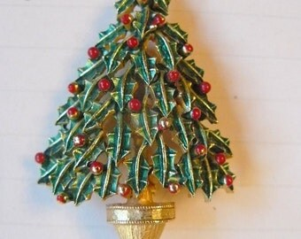 Vintage Christmas Tree Brooch - Gold - Green Enamel Holly leaves and red berries - by Jonette Jewelry with Jewelers mark JJ on back - Lovely